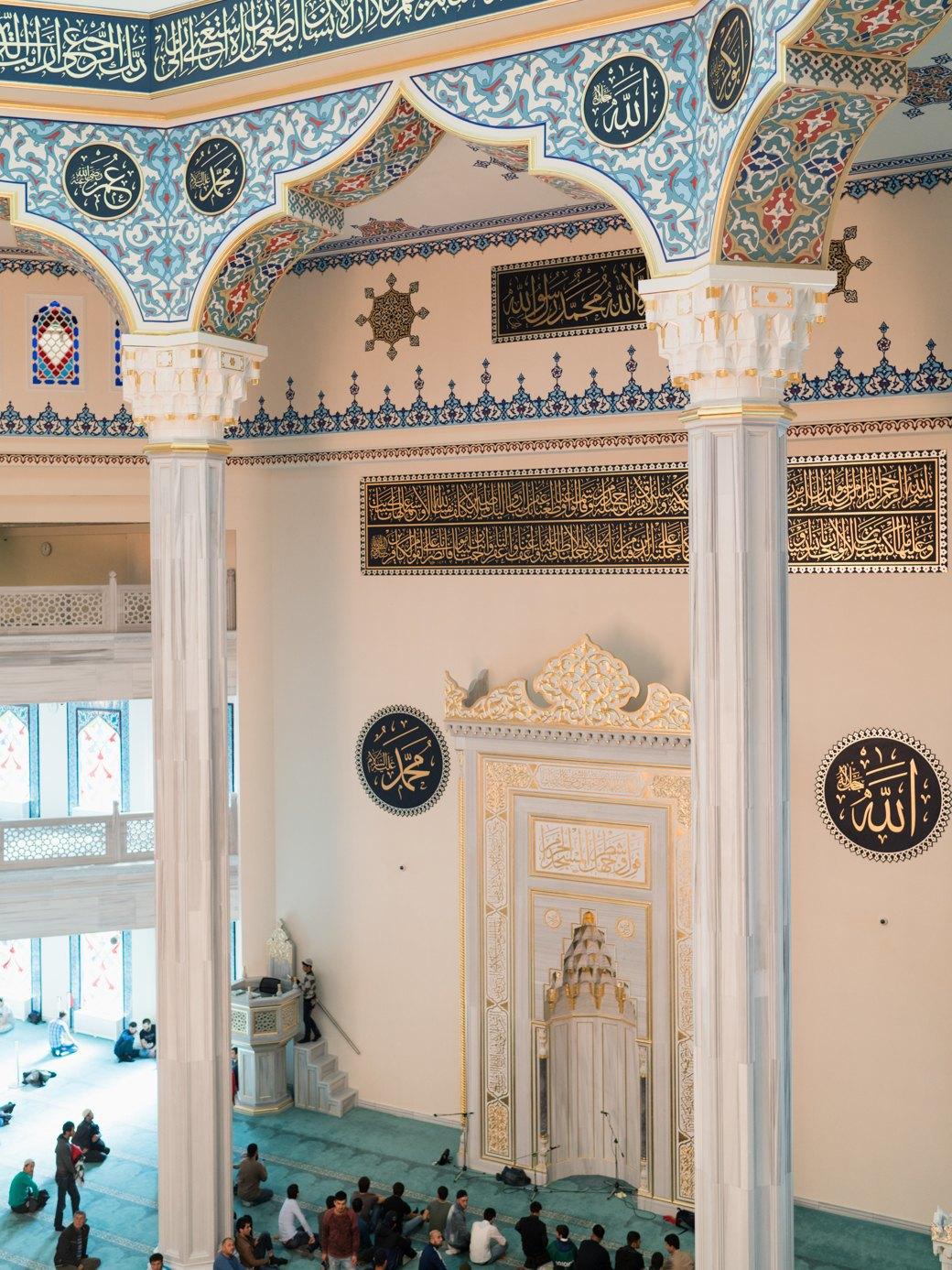 80-метровые минареты иместо для 10тысяч верующих — как выглядит Московская Соборная мечеть. Изображение № 18.