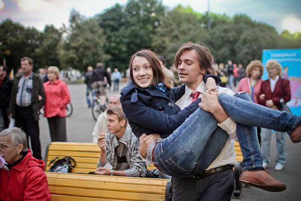 Универсальное поздравление: День города на московских улицах. Изображение № 35.