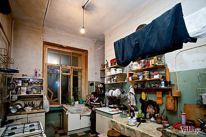 Изображение 80. Общественное пространство: петербургские коммунальные квартиры.. Изображение № 18.