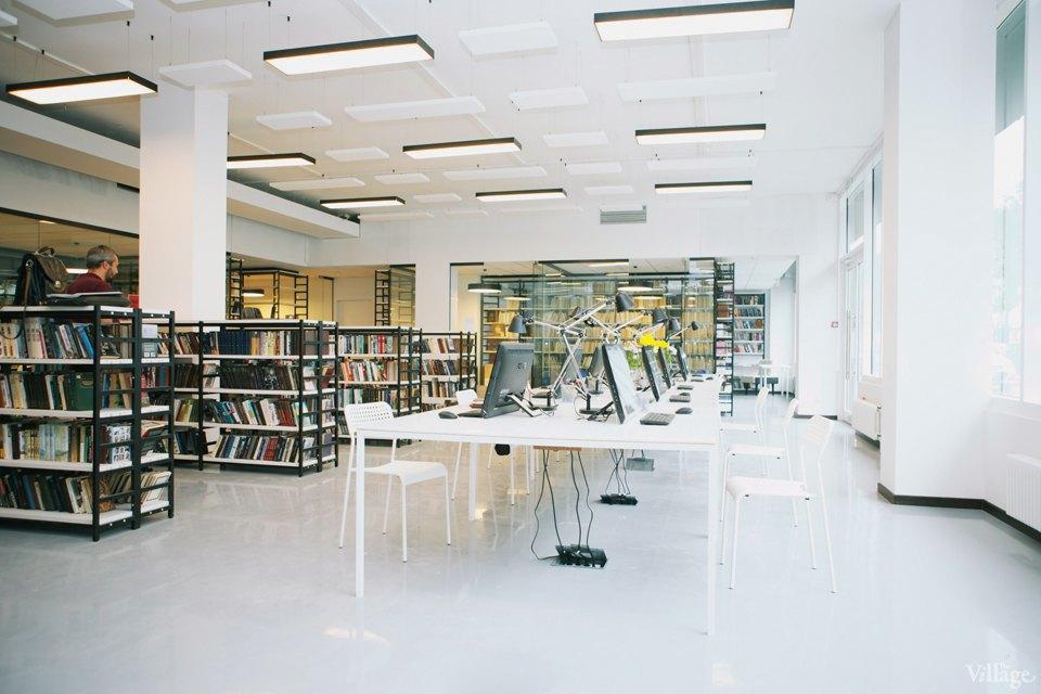 Фото дня: Как выглядит современная библиотека. Изображение № 9.