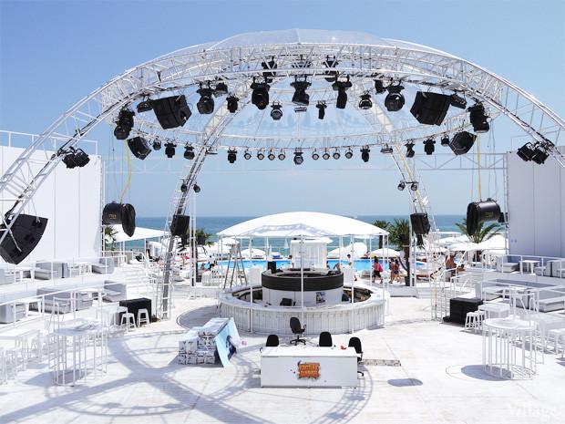 На песке: 5 пляжных клубов Одессы. Зображення № 72.