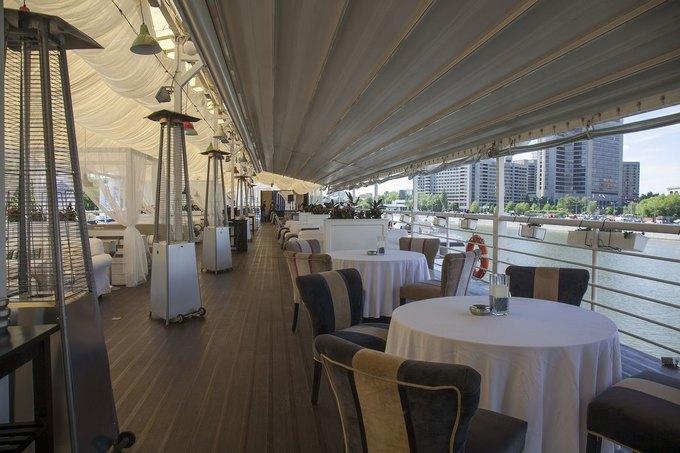 В Москве открылся ресторан греческой кухни «Ехал грека через реку». Изображение № 4.