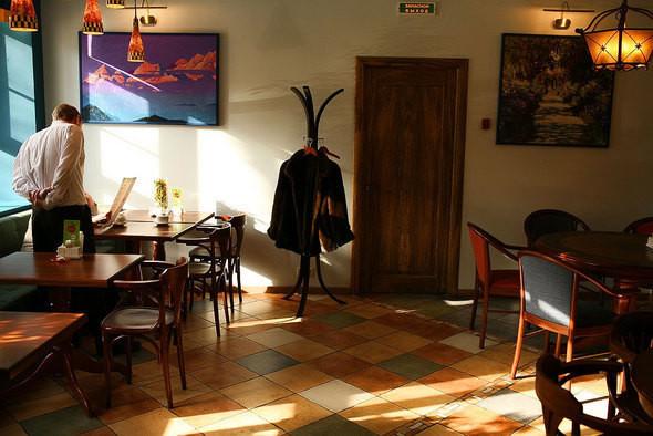 Изображение 13. Напротив Третьяковской галереи открылось вегетарианское кафе.. Изображение № 3.