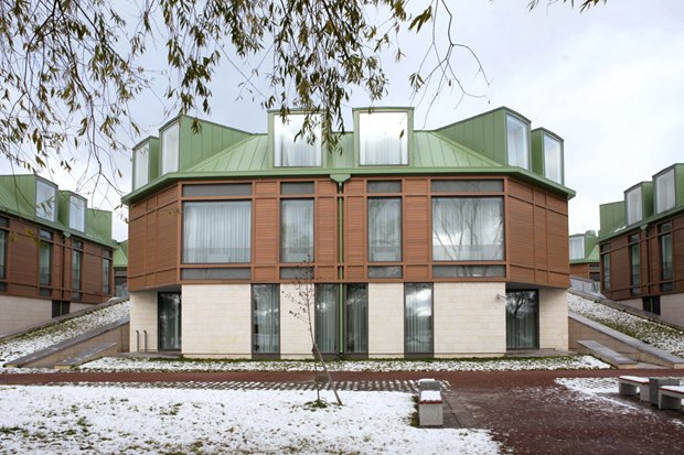 Строиться по одному: 12удачных примеров современной петербургской архитектуры. Изображение № 36.