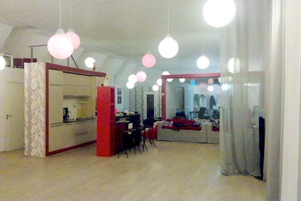 На Марата открылось антикафе и школа испанских танцев. Изображение № 3.