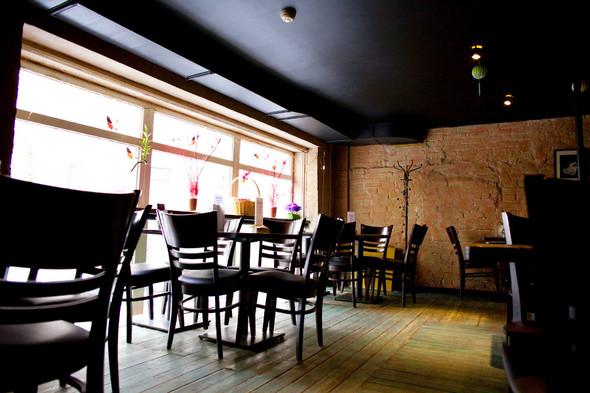 После прочтения съесть: 5 кафе при магазинах. Изображение № 33.