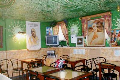 Ни рыбы, ни мяса: 9 вегетарианских кафе в Петербурге. Изображение №20.