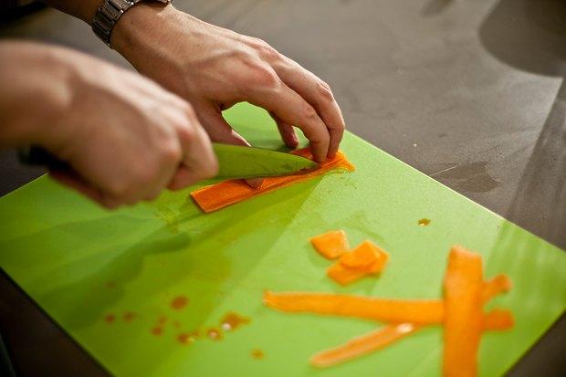 Шеф дома: Ягненок, хумус иоблепиховый десерт шефа «Стрелки». Изображение № 129.