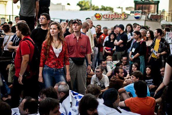 Copwatch: действия полиции на «сидячем» митинге «Стратегии-31» на Триумфальной площади. Изображение № 18.