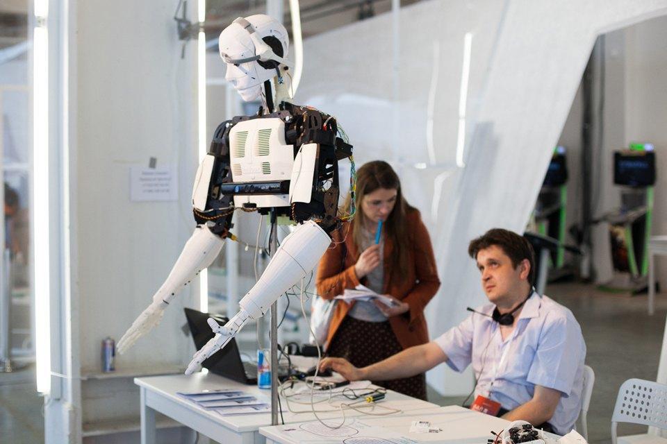 Как выглядит «Бал роботов» наArtplay. Изображение № 24.