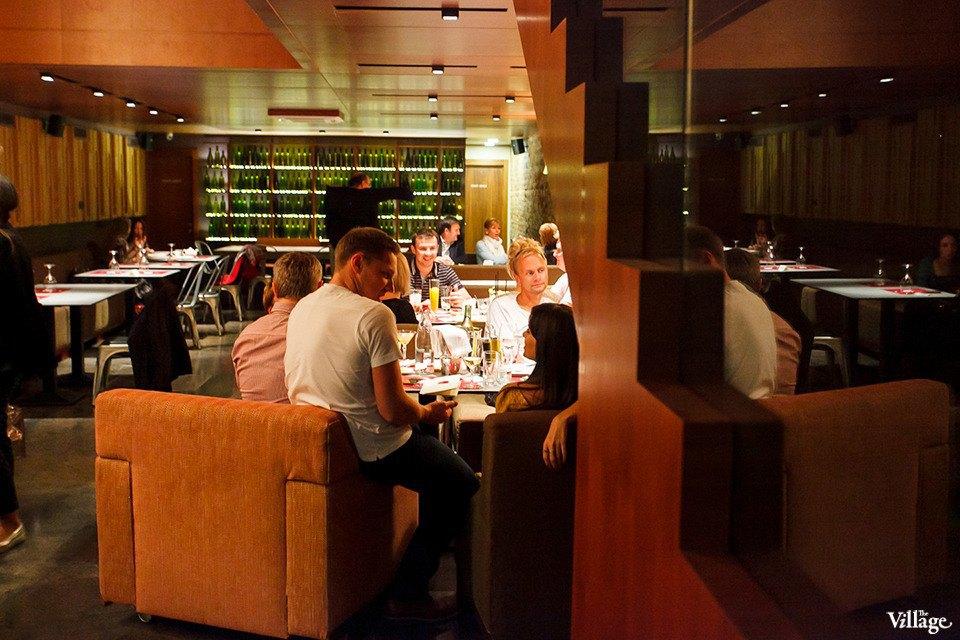 От заката до рассвета: 24 места, где можно поесть ночью в Петербурге. Изображение № 25.