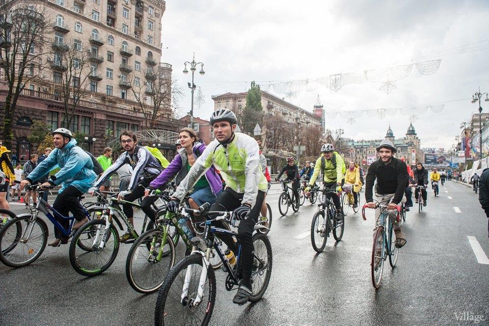 Люди в городе: участники велопарада впижамах. Изображение № 3.