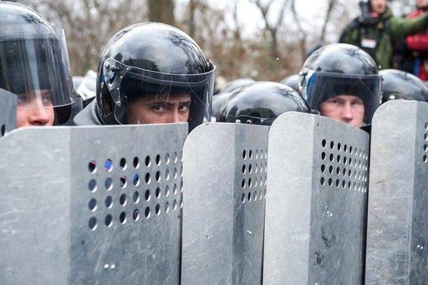 Работа со вспышкой: Фотографы — о съёмке на «Евромайдане». Изображение № 40.
