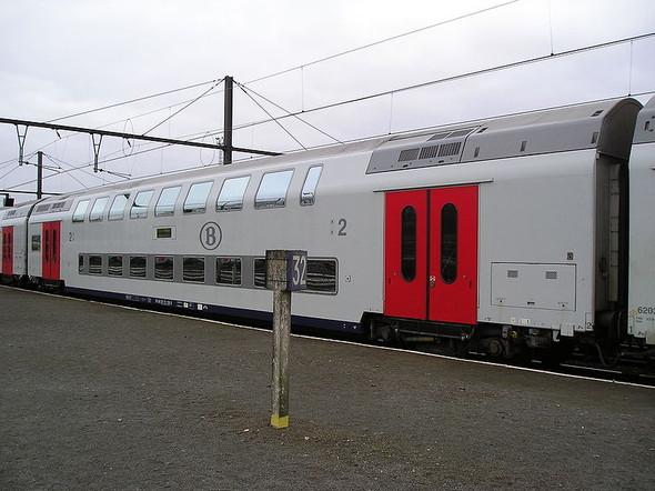 Двухэтажный поезд в Бельгии. Изображение № 5.
