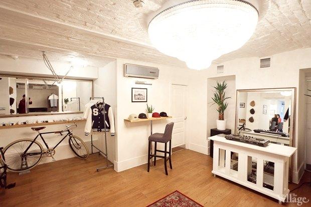 На Жуковского открылся флагманский магазин Syndicate. Изображение № 7.