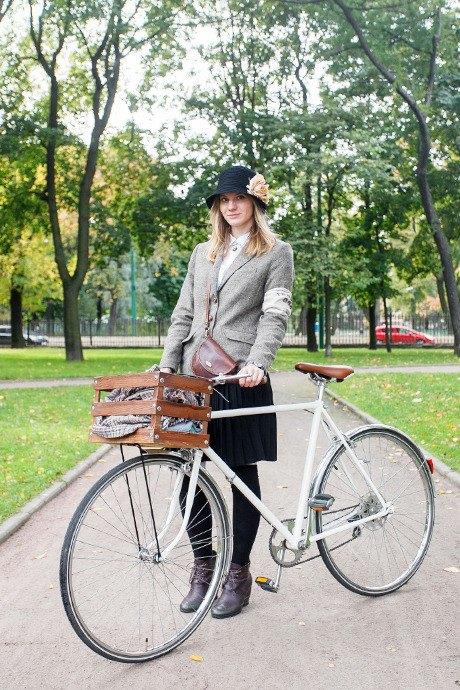 C твидом на город: участники веловояжа в Петербурге о ретро-вещах. Изображение № 52.