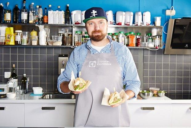 Шеф дома: Смэш-бургер и хиро-сэндвич Федора Тардатьяна. Изображение №2.