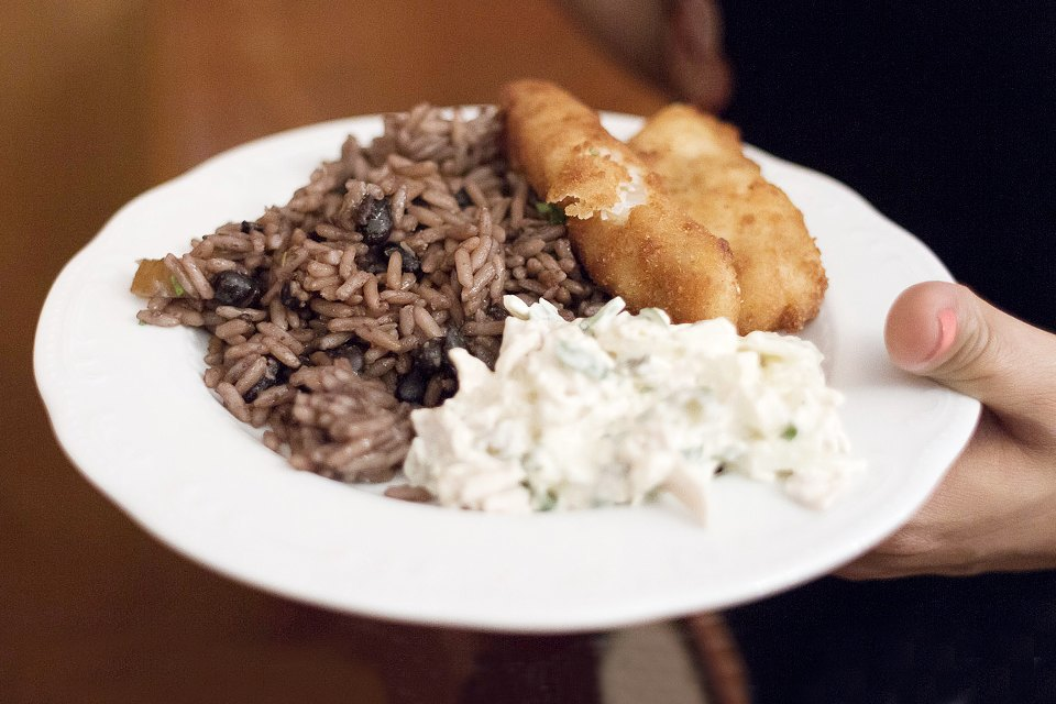 Кто кормит: Шеф-повар посольства Кубы онациональной кухне. Изображение № 3.