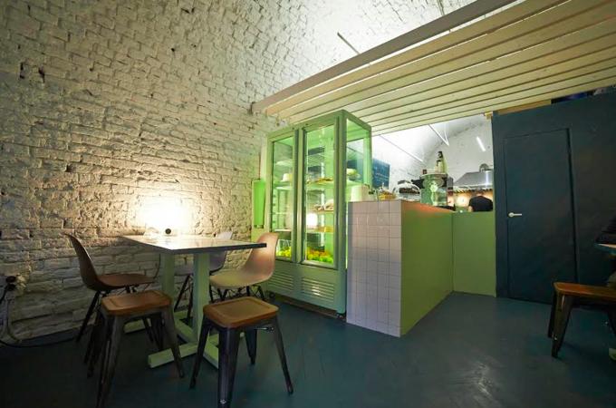 Владелец «7 сэндвичей» и Meating открыл новое кафе «Пит Брэд». Изображение № 2.
