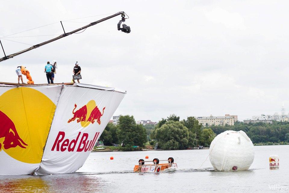 Люди в городе: Экипажи Red Bull Flugtag. Изображение № 3.