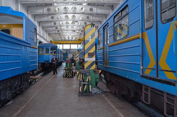 Фоторепортаж: Новые экскурсии по киевскому метро. Зображення № 7.