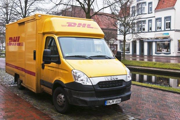 Максимальный курс евро, отмена доставки DHL и освобождение Платона Лебедева. Изображение № 1.