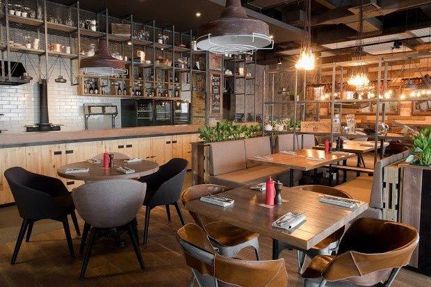 Второе кафе The Burger Brothers, онлайн-кондитерская Markus Pastry, кофейня кооператива «Чёрный». Изображение № 3.