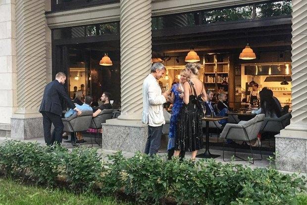 12 кафе и ресторанов, 6 баров и 3 кофейни июля. Изображение № 1.