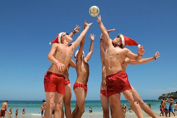Картинки по запросу фото Дед Мороз в Австралии