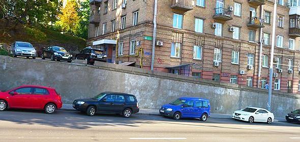Французский художник разрисовал дом на Урицкого. Изображение № 3.