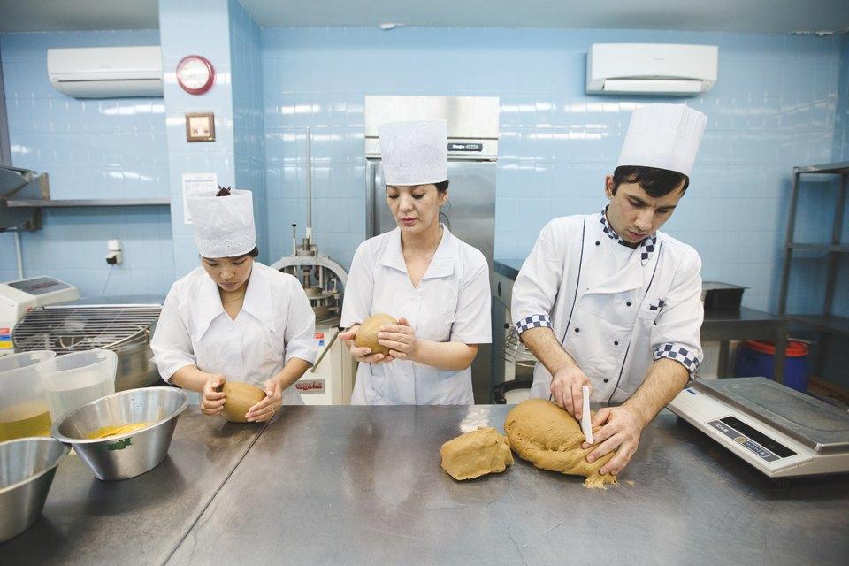 Производственный процесс: Как готовят кошерный хлеб. Изображение № 6.