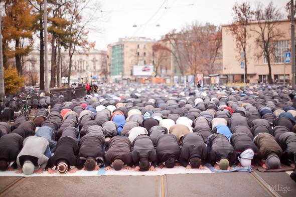 Фоторепортаж: Празднование Курбан-Байрама в Петербурге. Изображение № 15.
