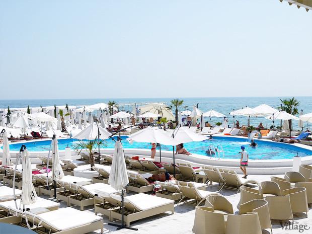 На песке: 5 пляжных клубов Одессы. Изображение №16.