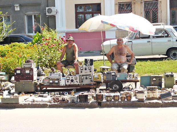 Рыночные отношения: Что продают на Староконке (Одесса). Изображение № 14.