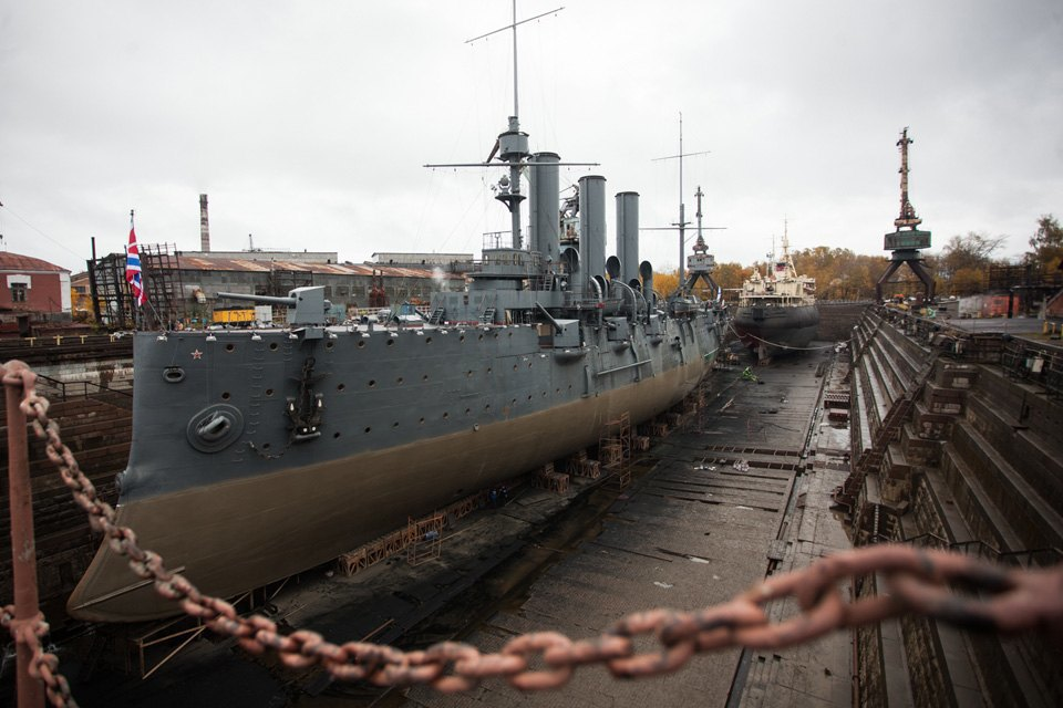 Как ремонтируют крейсер «Аврора». Изображение № 2.
