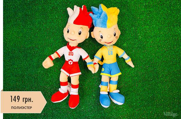 Вещи недели: официальные сувениры Евро-2012. Зображення № 2.