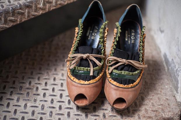 На полках: Магазин обуви ShoeShoe. Изображение №12.
