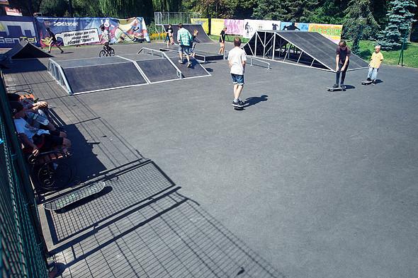 На Нивках открылся первый скейт-парк. Зображення № 2.