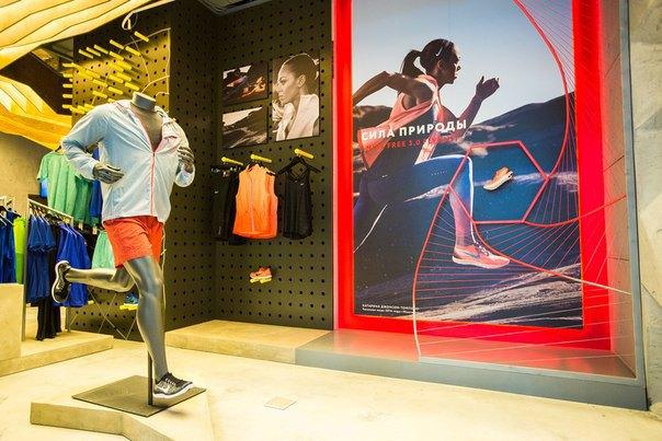 В Москве открылся магазин для бегунов Stride. Изображение № 2.