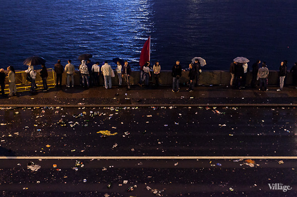 Фоторепортаж: Праздник выпускников «Алые паруса». Изображение № 33.