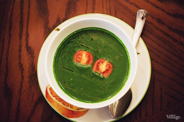 Суп из шпината на сливках — 160 рублей. Изображение № 33.