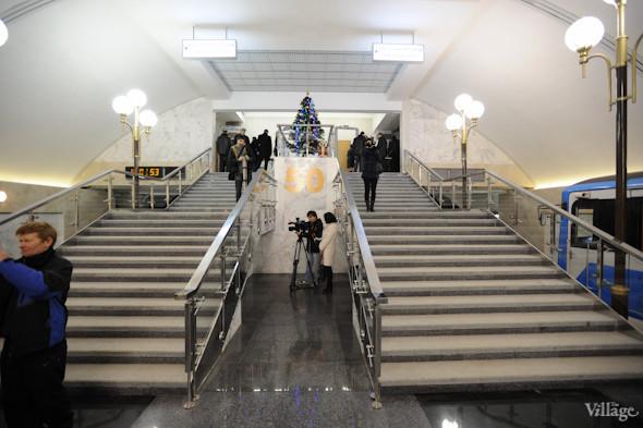 Фоторепортаж: В Киеве открылась новая станция метро. Зображення № 3.
