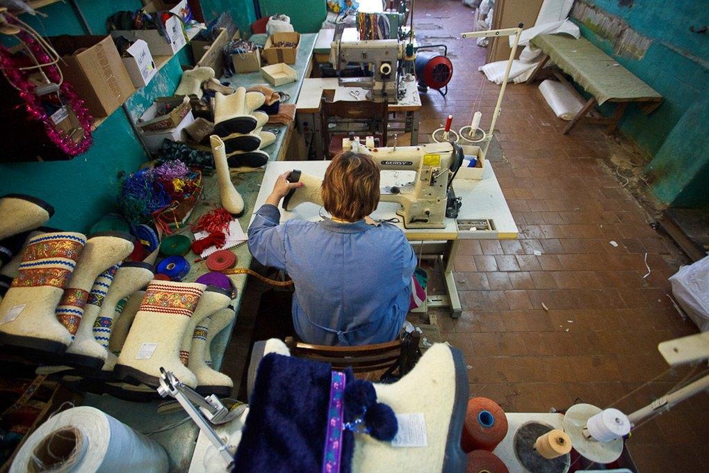 Производственный процесс: Как делают валенки. Изображение № 25.