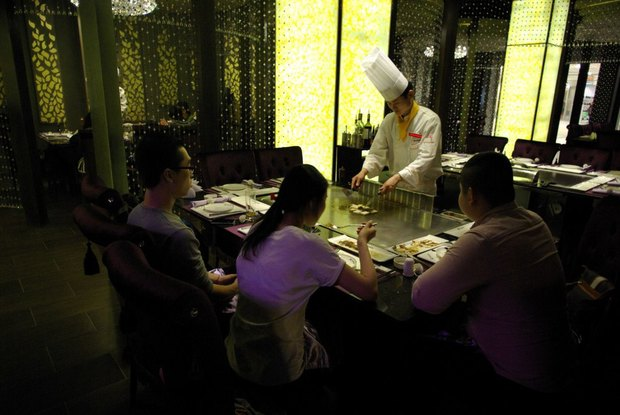 В Петербурге открылся ресторан с тэппаньяки. Изображение № 2.