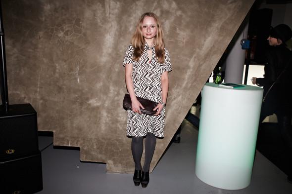 На Екатерине — туфли и платье Marni at H&M. Изображение № 3.