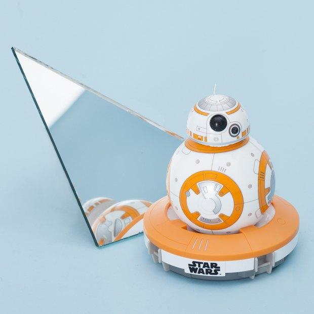 Дроид из«Звёздных войн» идругие новогодние подарки для дома. Изображение № 15.