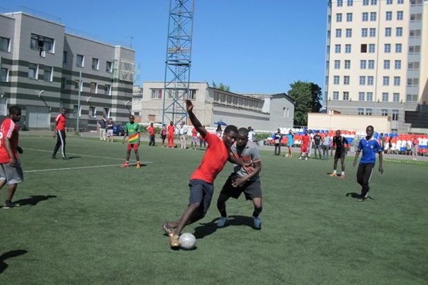 Лига наций: Африканцы в Петербурге. Изображение № 23.
