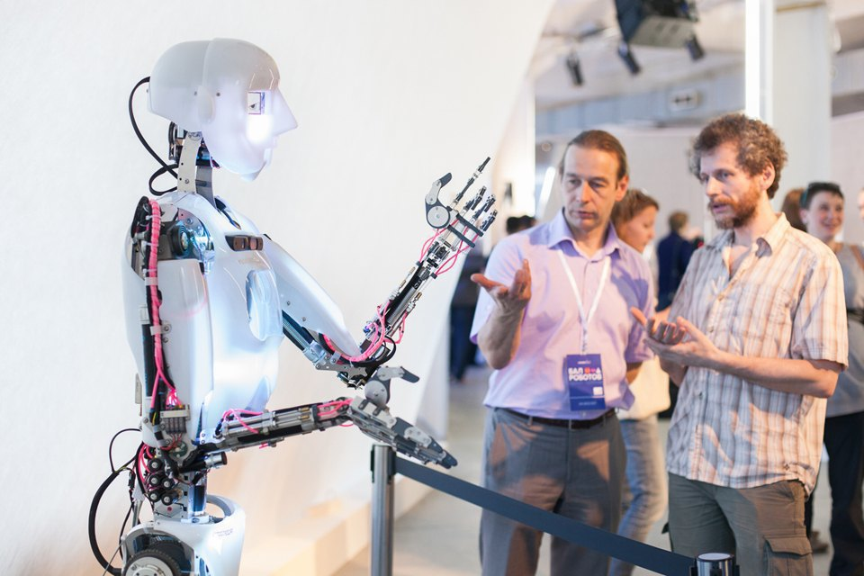 Как выглядит «Бал роботов» наArtplay. Изображение № 29.