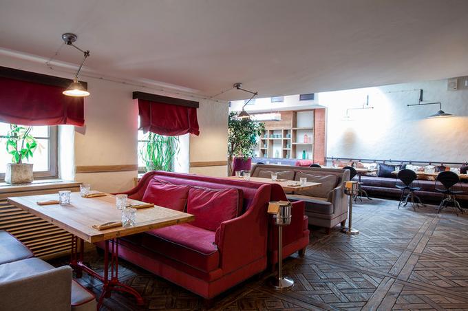 Владельцы ресторана «Мюсли» открыли новое заведение «Утки и вафли». Изображение № 1.