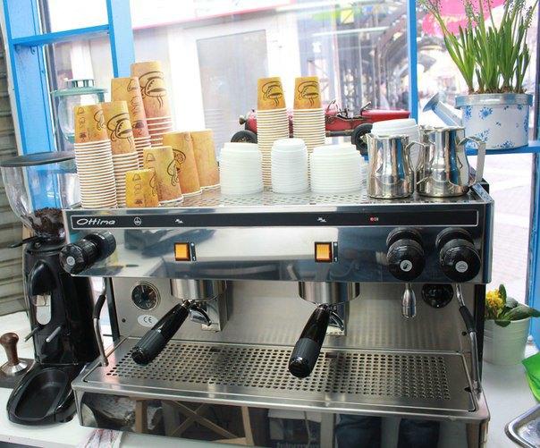 На Сенной открылся кофейный киоск Friday Cup. Изображение № 3.